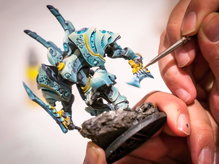 Best brush for painting miniatures